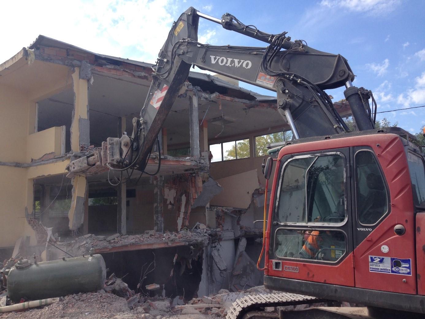 Démolition ancienne maison de retraite «L'Oustal» à Carmaux (81)