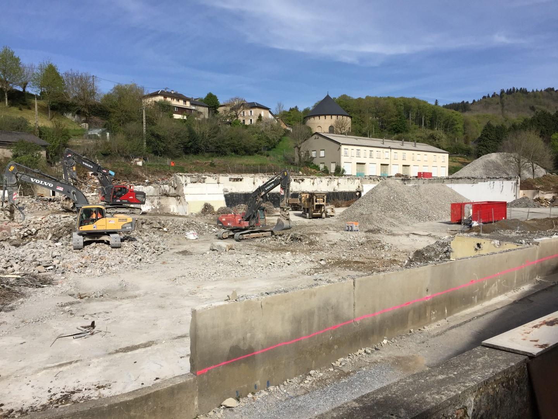 Démolition et désamiantage d'une ancienne salaison à Lacaune (81)